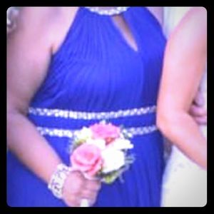 Jessica Howard sapphire blue dress